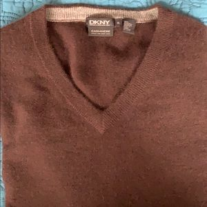 DKNY cashmere brown v-neck sweater XL